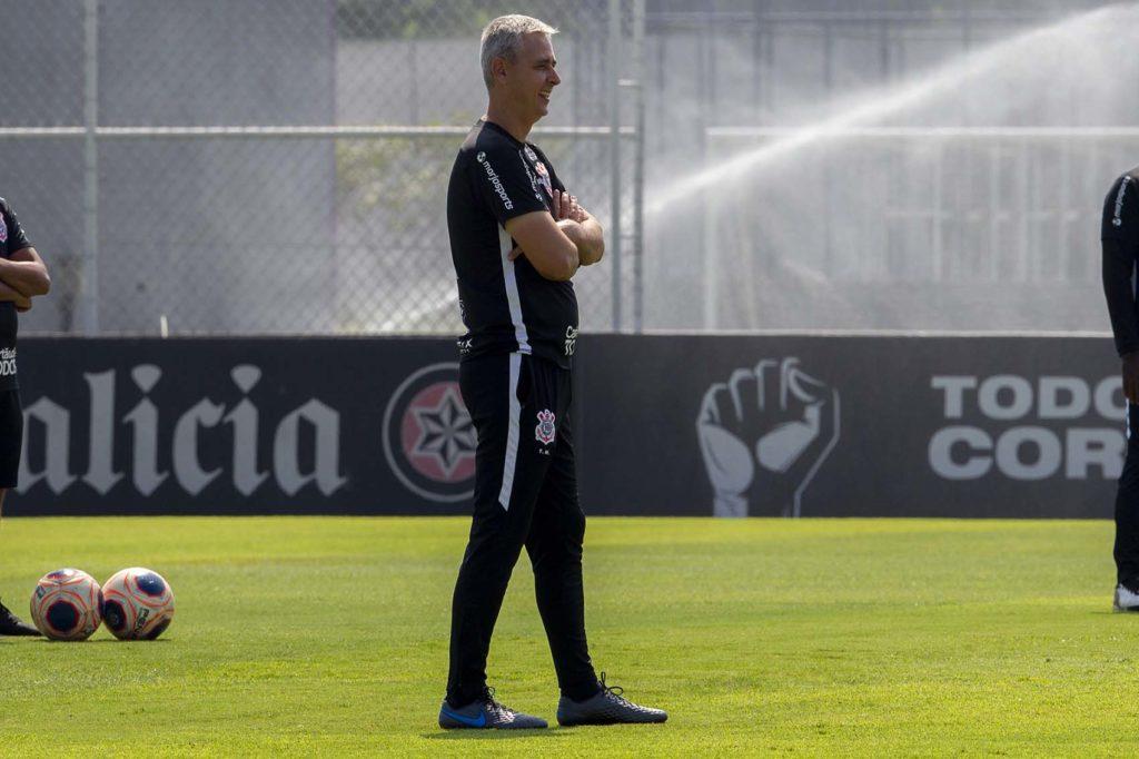 Tiago Nunes, treinador do Corinthians