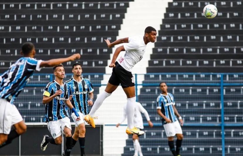 "Felipe Augusto - ""o jovem prodígio"" - Sub-17 Foto: Rodrigo Gazzanel / Agência Corinthians"