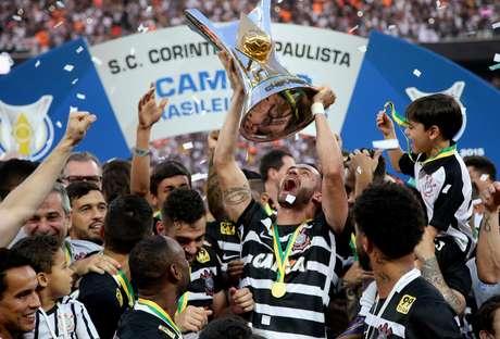 Corinthians campeão brasileiro 2015 - Foto: Friedemann Vogel / Getty Images