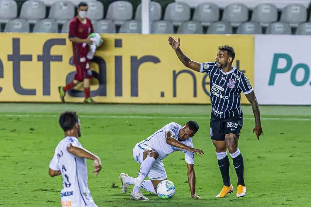 Acertado com novo clube, Michel Macedo se despede do Corinthians contra o Inter
